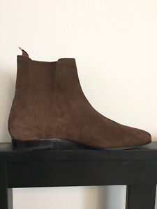 Saint Laurent Chelsea Boots
