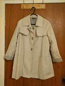 Topshop 3/4 sleeve trench coat (size 8) Daceyville Botany Bay Area Preview