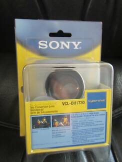 Japan Sony camera tele conversion lens Cyber Shot VLC-DH1730