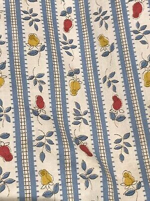 Gorgeous Small Hand-Made Vintage Reversible Floral/Check Quilt/Bed/Cot Cover