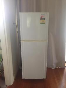 Samsung fridge/ freezer SR223NME Kyneton Macedon Ranges Preview