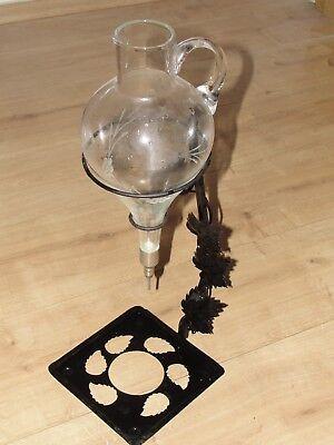 Wein Dekanter Glas geschliffen mit Metallgestell Motiv Weinblätter Rheinhessen
