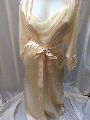 NWT Vintage Victoria's Secret Cream Satin BRIDAL Nightgown Robe PEIGNOIR SET S