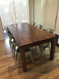 Solid mango wood 8 seater dining table