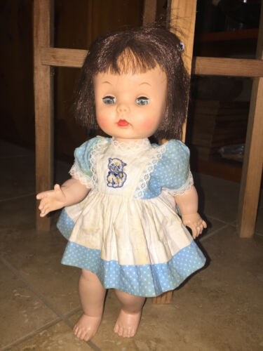 """VTG 1950s 1960s 10.5"""" Jointed Doll - Girl in a Pinafore"""