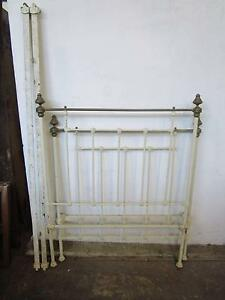 D5035 Antique White Cast Iron Brass Single Bed Mount Barker Mount Barker Area Preview