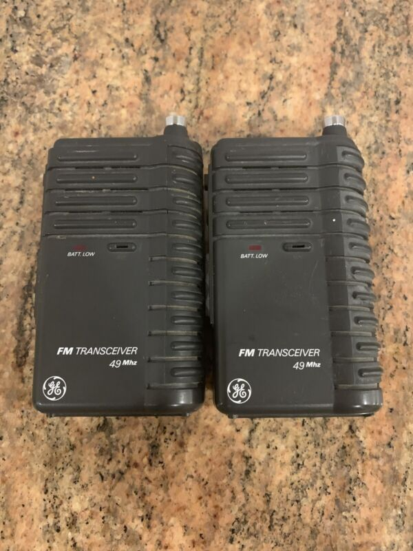 2x GE General Electric 49 Mhz FM Transceiver No.3-5946A Walkie-Talkies FOR PARTS