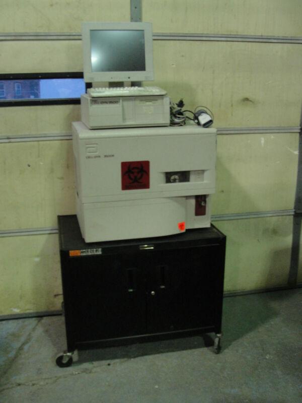 Abbott Diagnostics Cell Dyn 3500SL Hematology Analyzer w/Monitor, CPU, & Cables