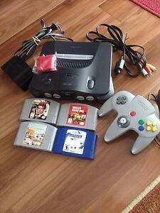 N64 Nintendo system and games