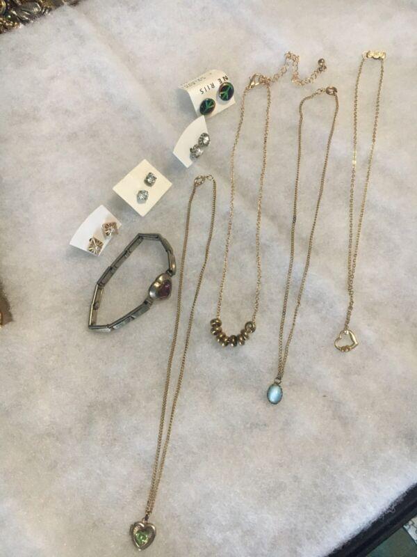 Cute Little Girl Lot Of 4 Necklaces, Bracelet, & 4 Pr Earrings Used
