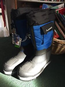 Snowmobiling boots size 12!!!