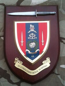 45-Commando-Royal-Marines-with-Pewter-Model-Military-Army-Wall-Plaque