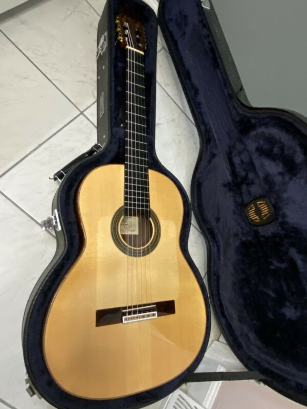 Amalio Burguet 1A Spruce 1997 Classical Guitar