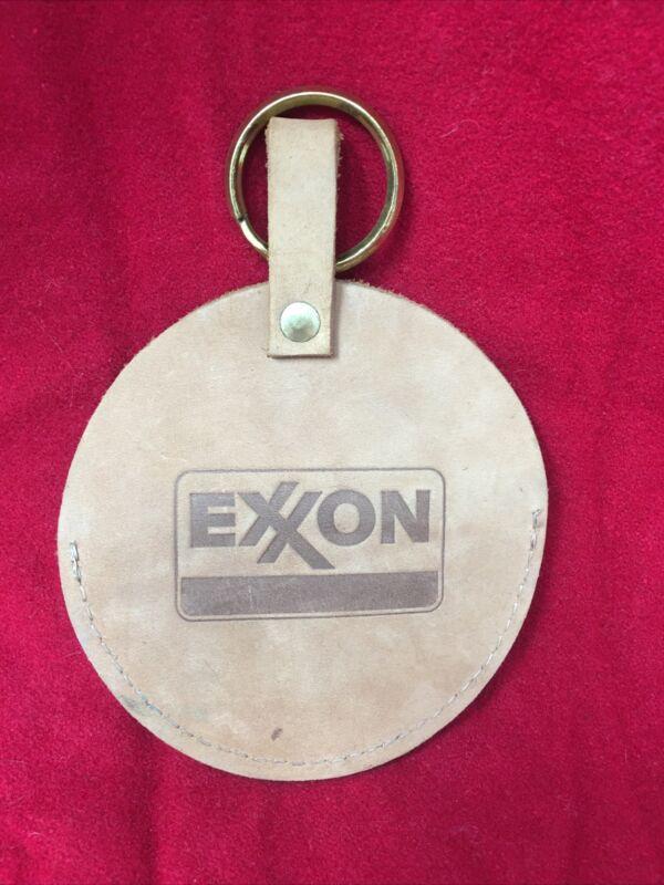 "Vintage Exxon LEATHER  Key Fob & snap pouch ( 4"" circle) brass key ring - NM+"