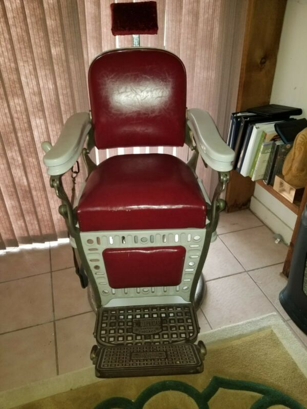 Emil J. Paidar 1900s Antique Barber Chair original condition