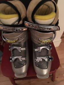 Women's ski boots-size 26/26.5 or 9.5