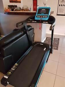 Reebok Treadmill Seville Grove Armadale Area Preview