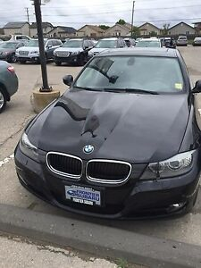 2011 BMW 328i xdrive only 64000kms