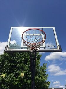 Basketball net - mint condition- pick up only