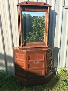 Antique Mirror and hall table set Minto Campbelltown Area Preview