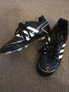 Boys football boots Huntfield Heights Morphett Vale Area Preview