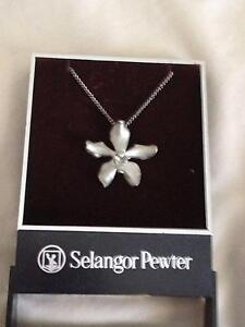 Pewter Orchid Necklace Pakenham Cardinia Area Preview
