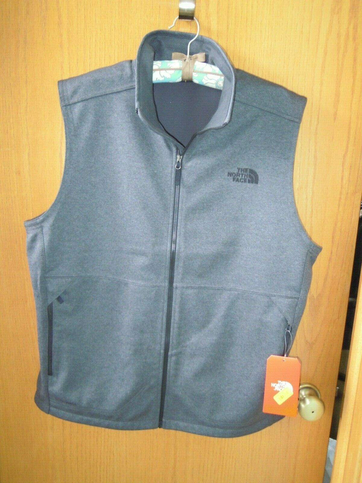 The North Face Men's Apex Canyonwall Vest Heather Gray Size