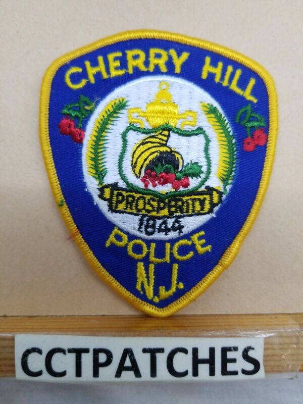 CHERRY HILL, NEW JERSEY POLICE (SMALL) SHOULDER PATCH NJ