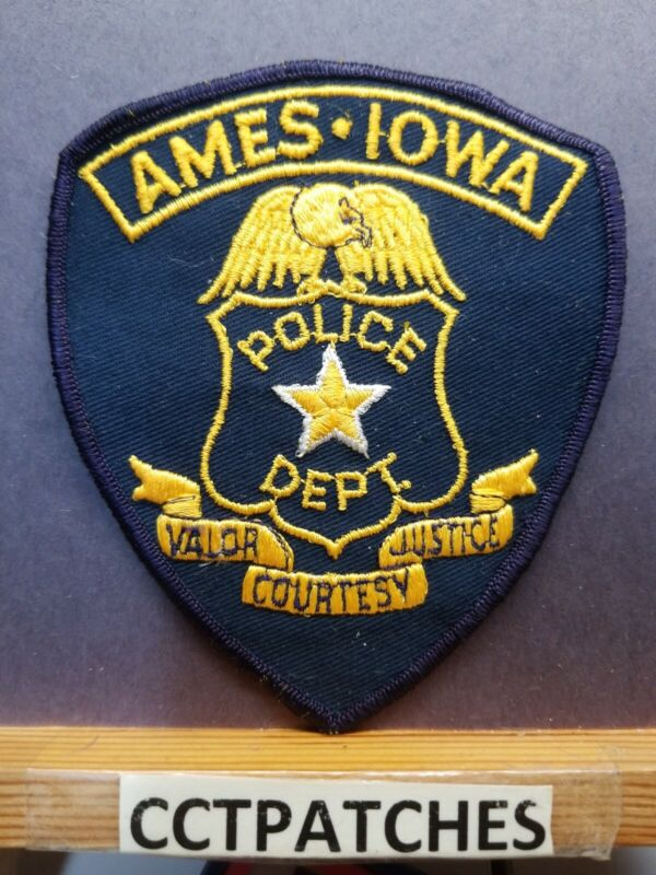 AMES, IOWA POLICE SHOULDER PATCH IA