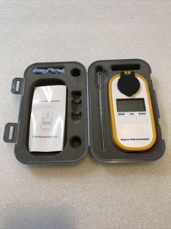 DR101 Handheld Portable Digital Refractometer New Opened Box