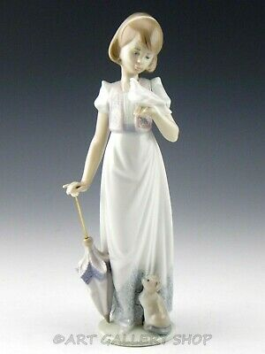 Lladro Society Figurine SUMMER STROLL GIRL WITH CAT DOVE UMBRELLA #7611 Mint