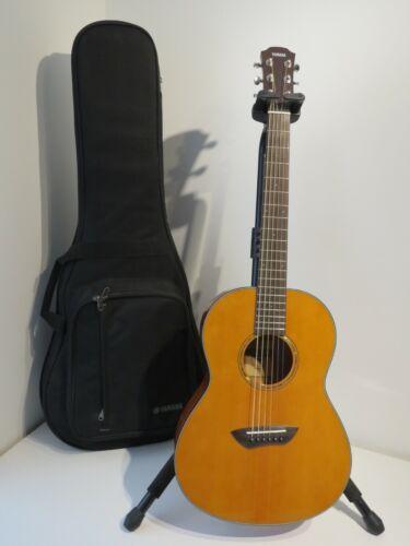 Yamaha CSF1M Acoustic Parlour Travel Guitar with Padded Gig Bag