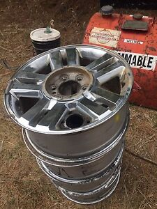 4 Ford F-150 aluminum rims for sale