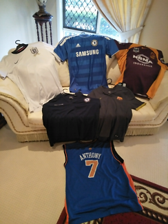 SPORTS JERSEYS / SHIRTS (6 x FOOTBALL, BASKETBALL)  EXCELL COND