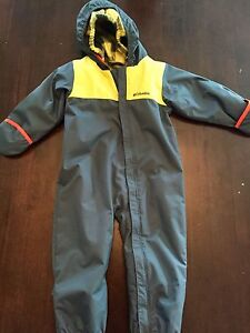 Columbia bunting snow suit water resistant, like new, $70 obo