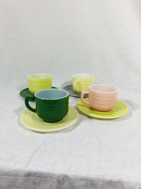 Set Of 4 Vintage Hazel Atlas Moderntone Children's Tea Cup And Saucers