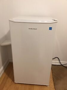 mini compact refrigerator/freezer LIKE BRANDNEW only 1 month old
