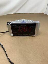 (3E-7875) Emerson Research CKS3528 Dual Alarm Clock AM/FM Radio Projector