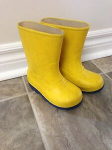 Child's Size 8 Rubber Boots