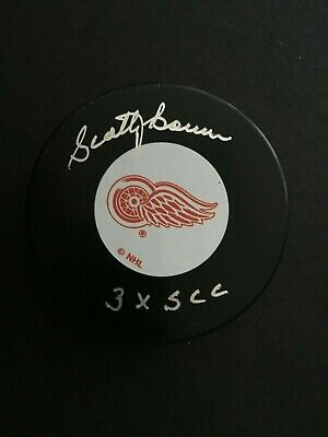 SCOTTY BOWMAN AUTOGRAPHED DETROIT RED WINGS PUCK W/ INSCR J.S.A. AUTHENTICATED Autographed Red Wings Puck