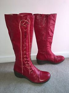Women's leather boots Bulimba Brisbane South East Preview
