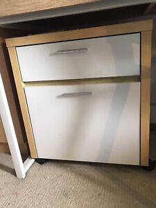 Desk drawers $10