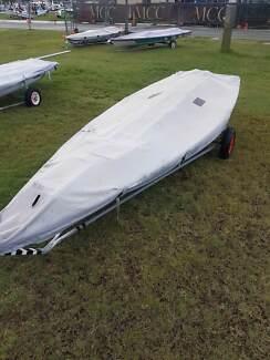 Laser Full Rig Sail Boat 198081