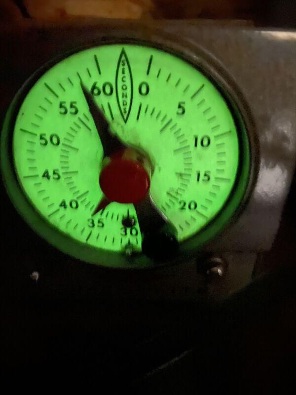 Master Time-O-Lite, Model M-59/Darkroom Enlarger/Safelite timer glow in the dark