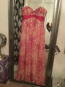 BCBG strapless dress size 00-02 - detachable straps come with it