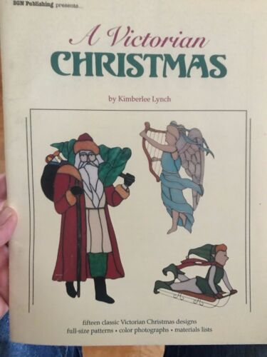 A Victorian Christmas Stained Glass Pattern Book