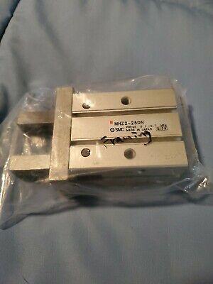 Smc Gripper Parallel Type Mhz2-25dn  New