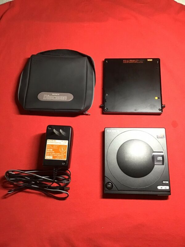 Sony D-10 Portable Discman Audiophile CD Player Digital Audio Excellent Working