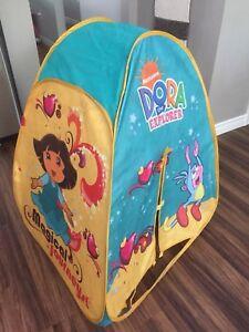 Dora the Explorer pop up tent
