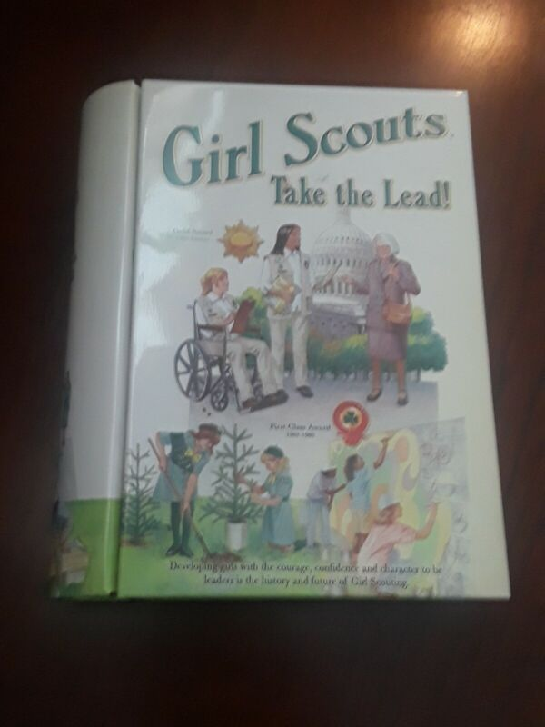 """Neat Girl Scout Tin to Carry Book 7 1/4"""" x 6"""""""